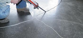 Recuperação de trincas em piso de concreto
